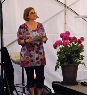 kristina-svensson-moderator-i-almedale-foto-lena-stromberg-2017-07-05-10-47-04-1