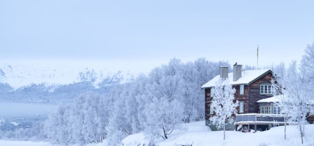 Månadens bild: rimfrost runt Tänndalssjön
